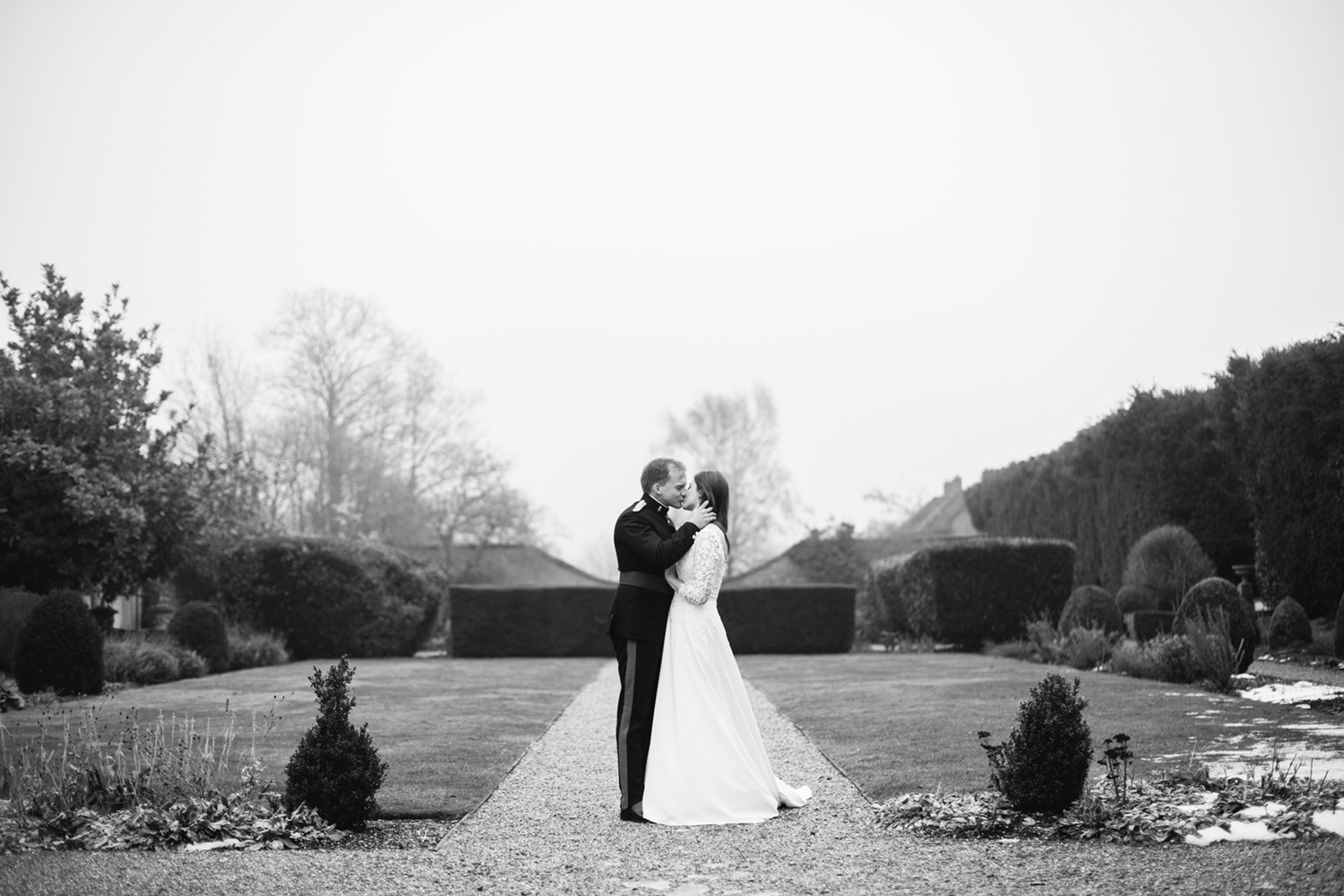 Four-Seasons-Hampshire-Wedding-Photographer-033.jpg