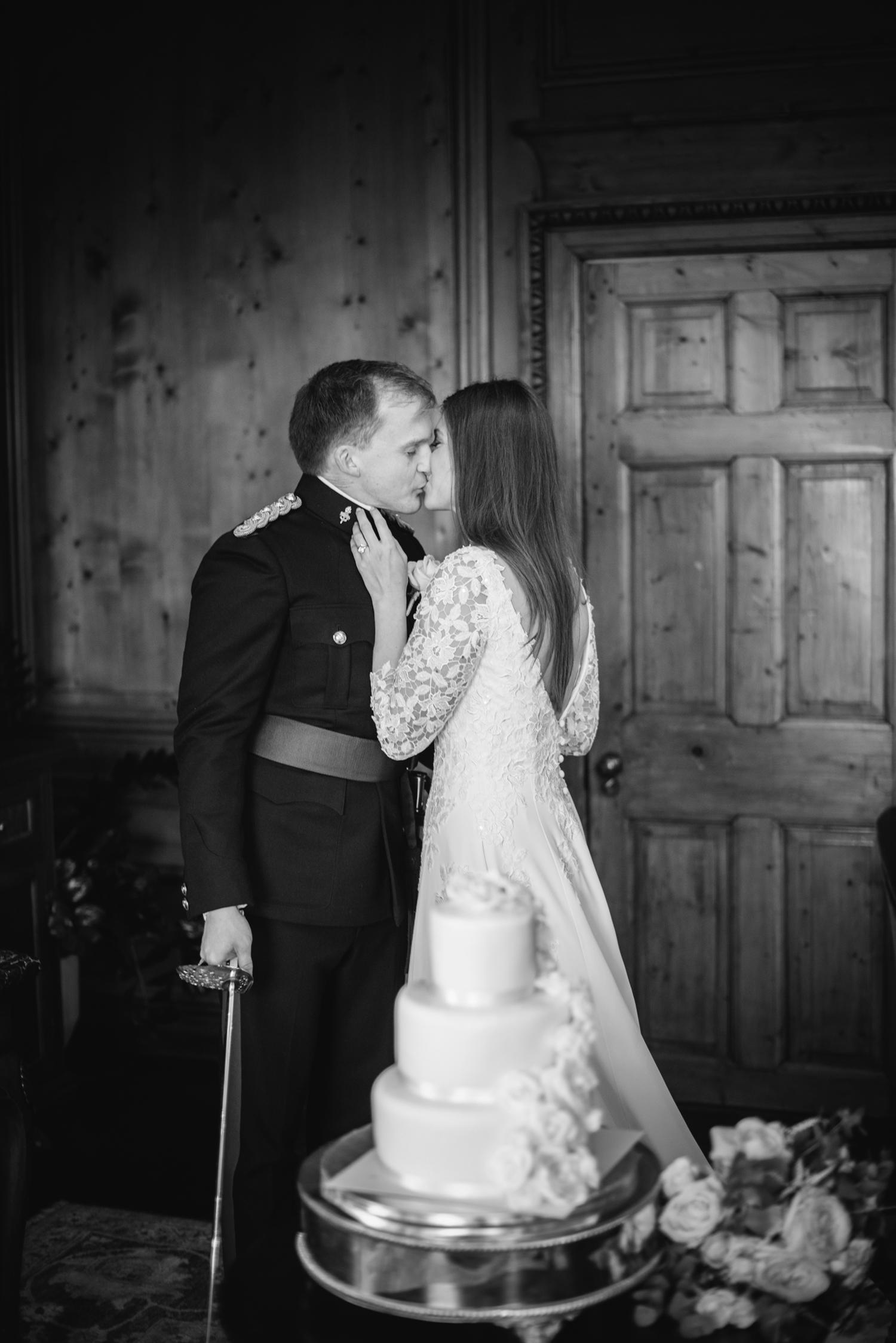 Four-Seasons-Hampshire-Wedding-Photographer-048.jpg