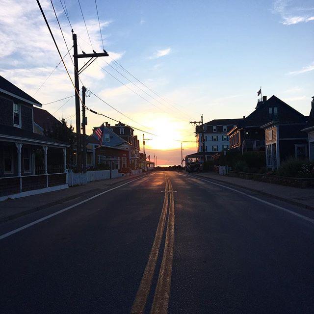 Good morning Dodge Street. TGIMonday ☀️