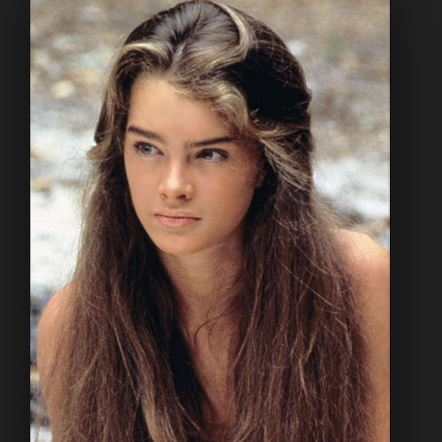 #brookeshields #bluelagoon @oneejeffrey colour prediction of the moment the new blonde! We love this @laboutiquehair #natural#sunkissed