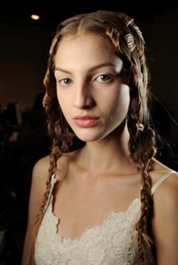 fuckyeahrunwayhair :     Simona Andrejic backstage @ Alexander McQueen SS11
