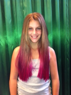 Last Saturday Belinda happily made time in her schedule to colour local schoolgirl Jade Burger for the World's Greatest Shave, raising money and awareness for Leukaemia. Jade chose to colour her hair with a hot pink dip dye and has managed to already raise over $1200 for the Leukaemia Foundation. Excellent work Jade!