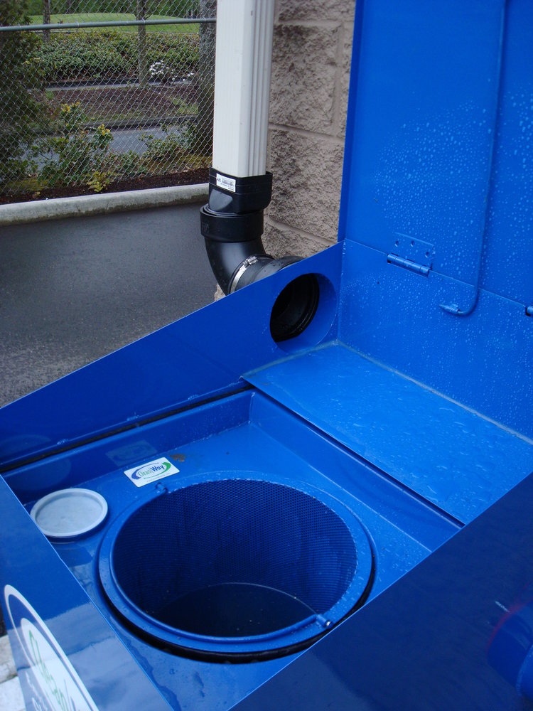 Downspout-openlid dirty.jpg