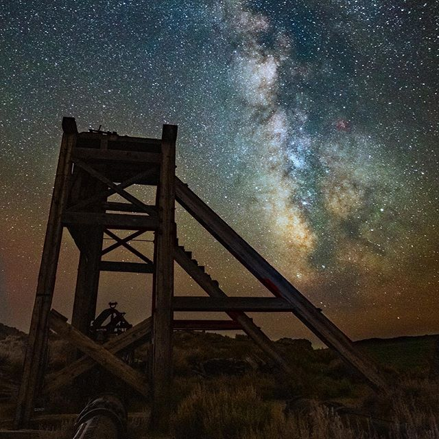 There's a few spots left in my 2019 Bodie night photography workshop next Sunday night June 23rd. Join me and @mkokimoto for this special experience in the gorgeous @bodiefoundation ghost town. Link in bio! #bodie #workshop #photographyworkshops #nightphotography #astrophotography
