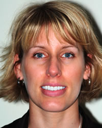 Dr Claudia Courchesne    Restorative and Family Dentist    www.gumsnteeth.com