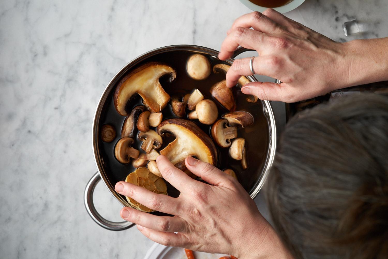 Umami Mushroom Stock Pot_0011.jpg
