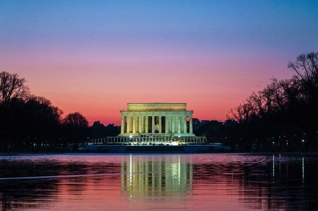_chriscruz-purple-winter-sunset-at-lincoln-memorial-reflecting-pool_mydccool-homepage-1.17.17.jpg