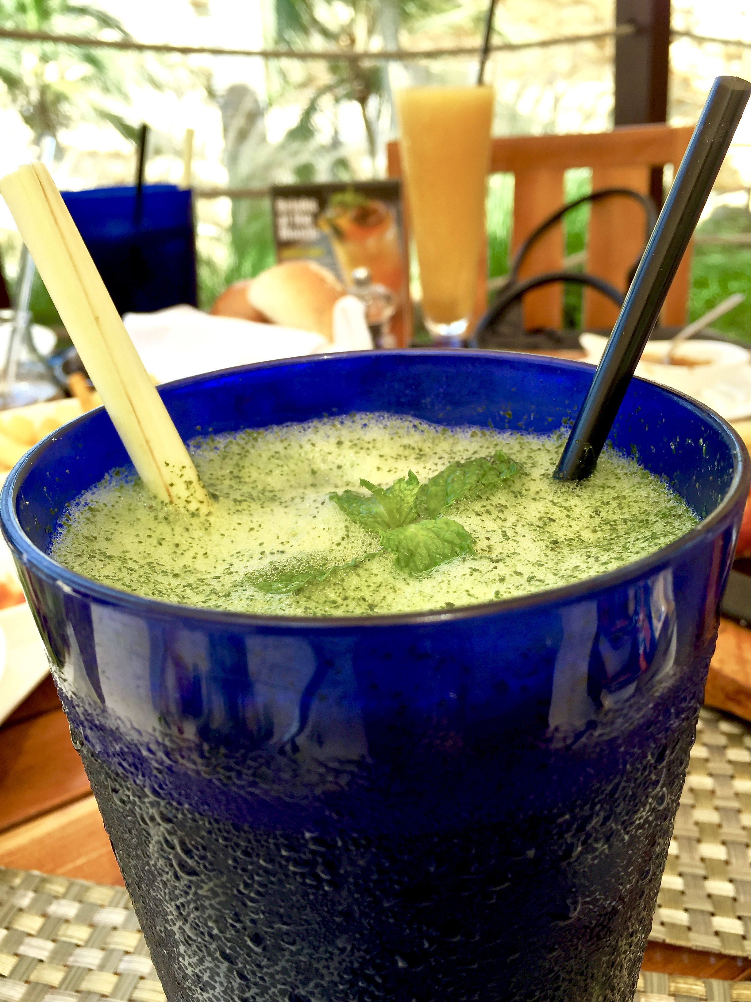 Basil and Lime Smoothies (Shangri-La Muscat)