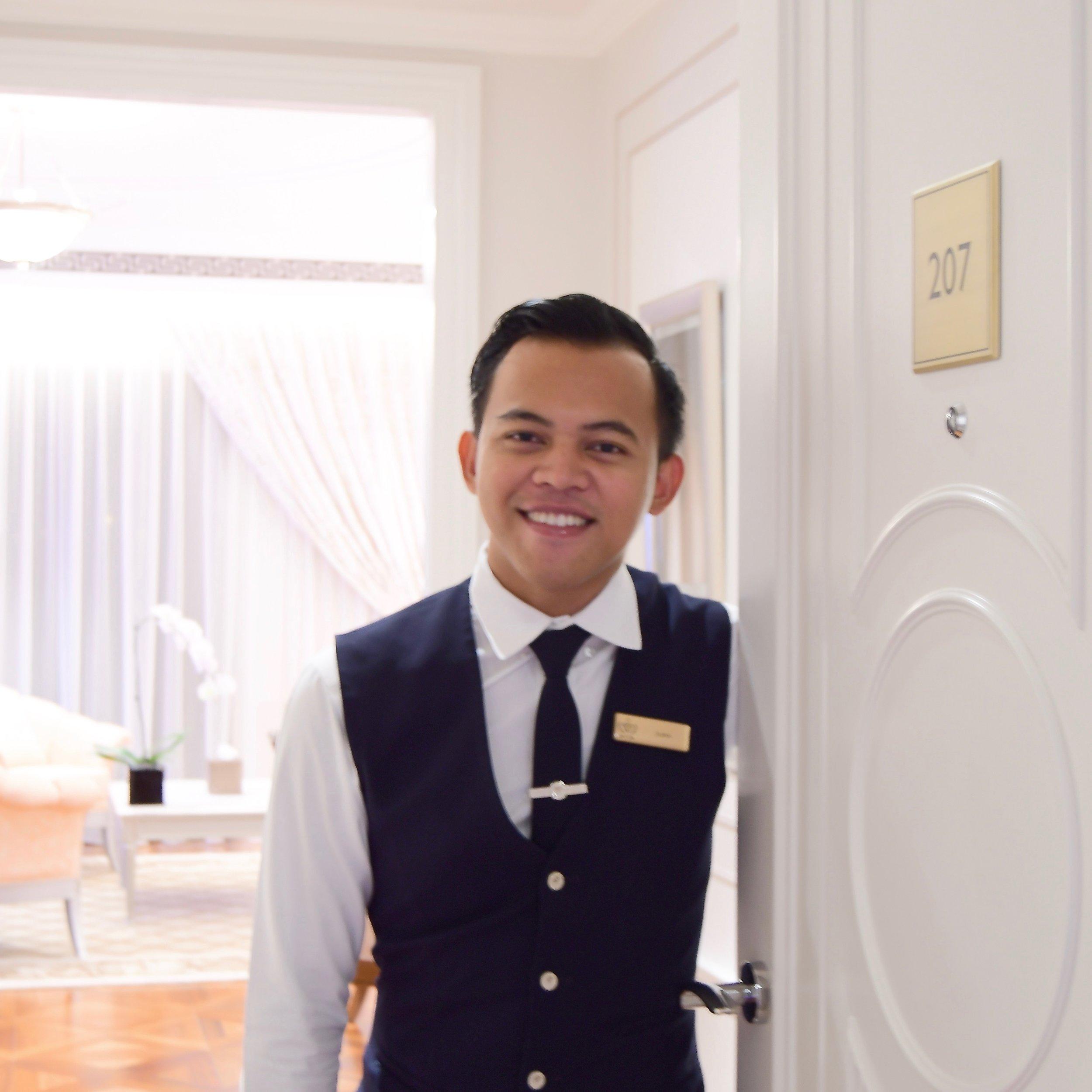 Butler, Surya (Palazzo Versace Dubai)