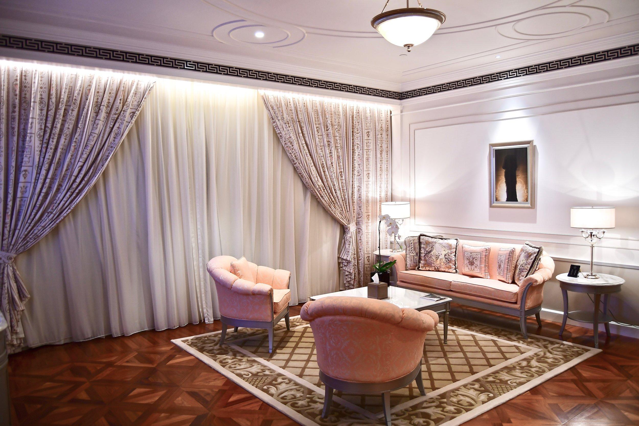 Grand Suite - Living Room (Palazzo Versace Dubai)