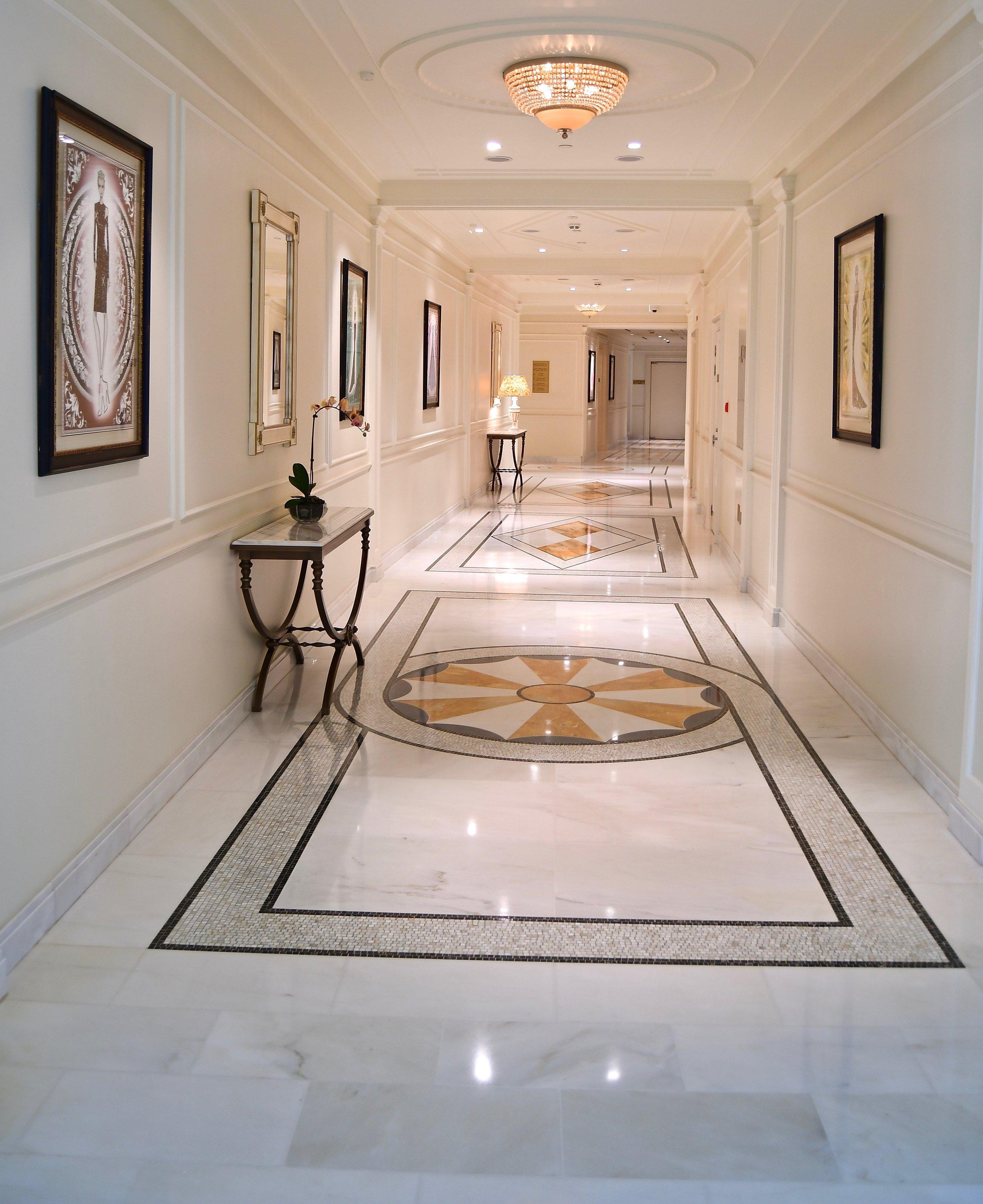 First Floor Hallway (Palazzo Versace Dubai)