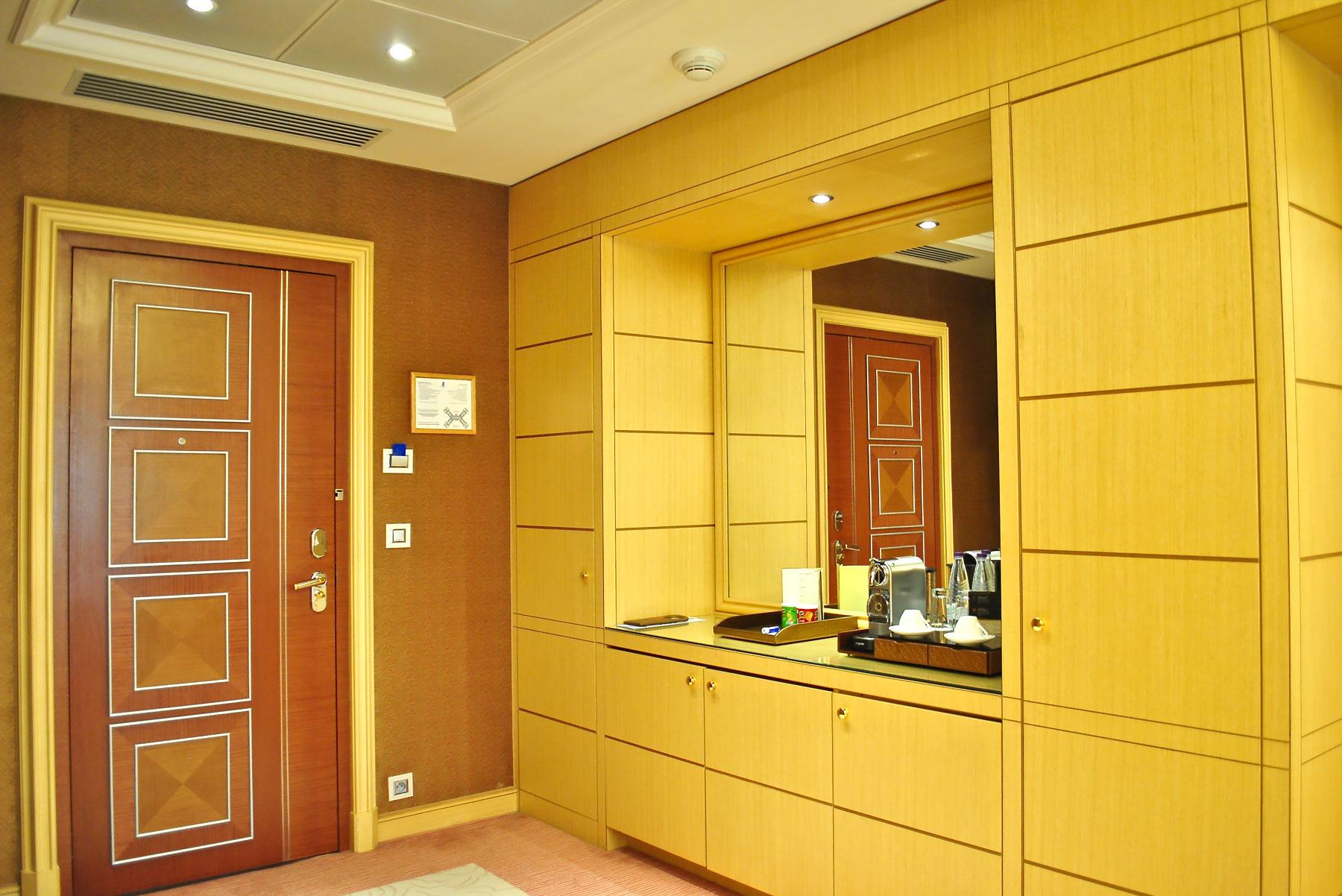 The-Ritz-Carlton-Riyadh.jpg