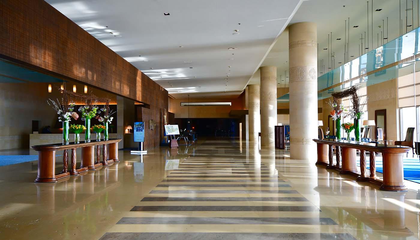 Hotel Lobby (Kempinski Hotel Ishtar Dead Sea)