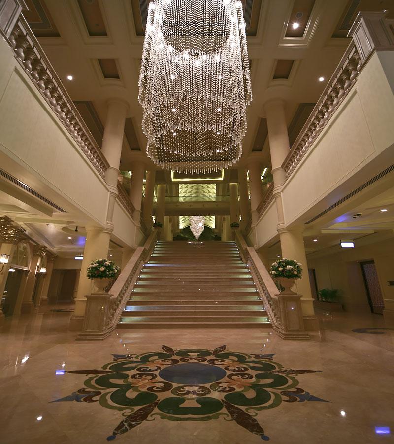 Grand Staircase (The Ritz-Carlton, Abu Dhabi)