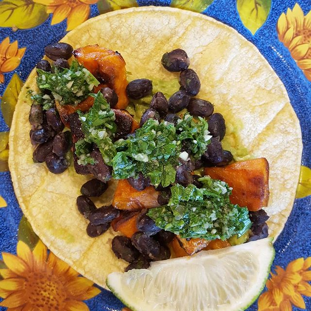 Good morning friends!  We have new tacos this week! Vitamin rich roasted sweet potatoes, housemade chimmichuri sauce, black beans, with fresh avocado to make it vegan friendly and for our carnivore friends you can have it with chorizo, all on corn tortillas. #coffee #freshfood ☕🌮