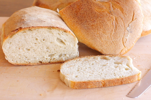 inside-and-outside-crust-of-bread