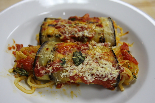 eggplant-rolls-filled-with-pasta