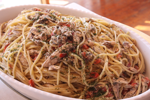 Pasta with fresh anchovies and wild fennel
