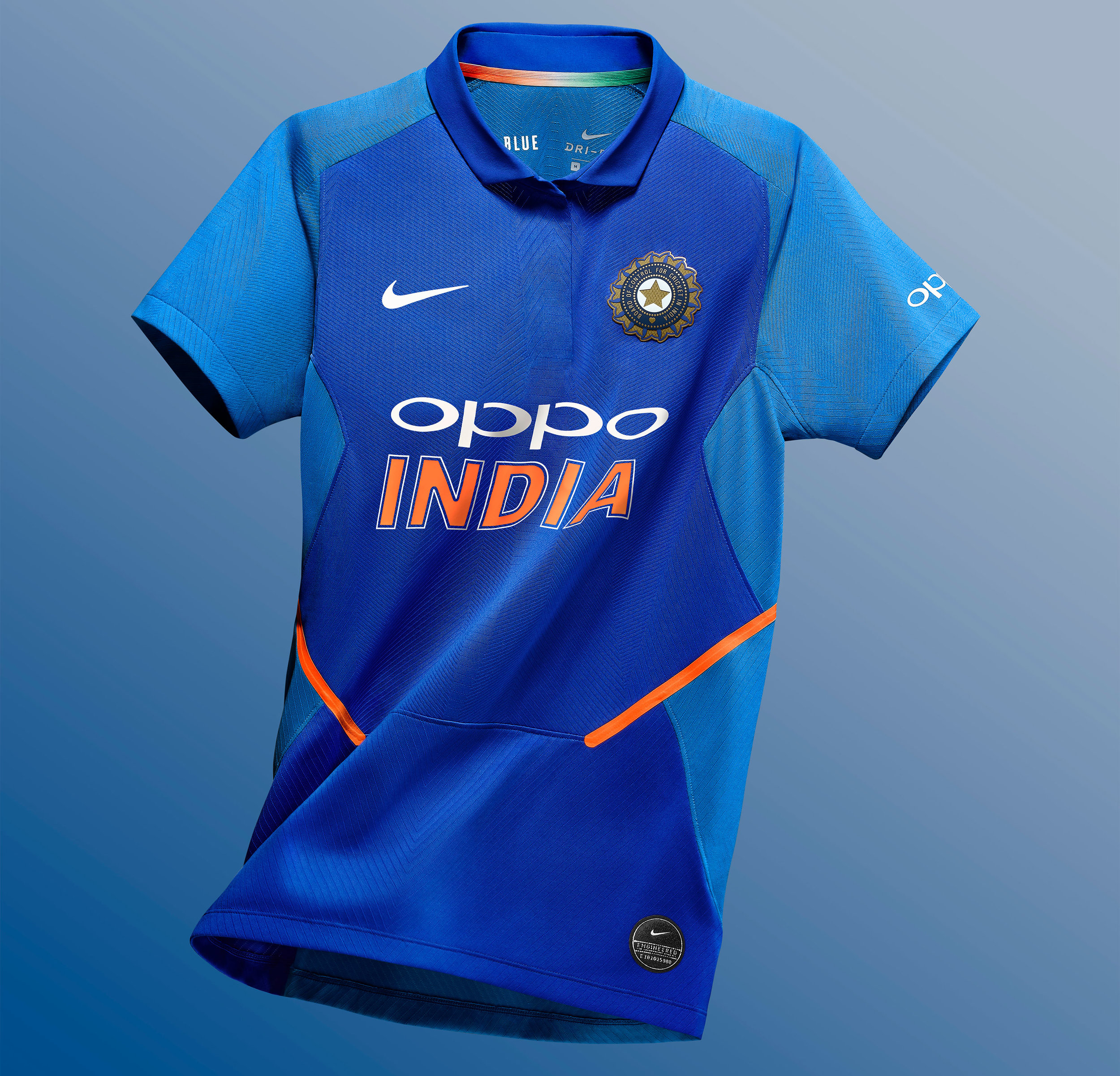 Nike_Cricket_IndiaNationalTeamKits_2019_56751_387376_r05_NIKE_APLA_SP19_Cricket_WomensStadiumTop_Floating_1217_HR_original.jpg