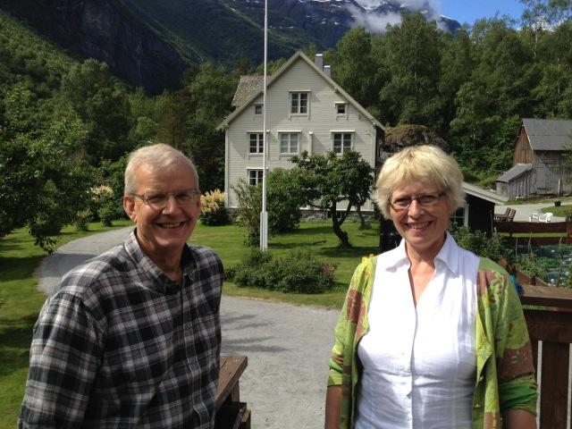 Per og Synnøve Stenvaagnes Bersås - det perfekte vertskap for en hyggelig ferie. Nordre Flatmark i Romsdalen anbefales varmt.