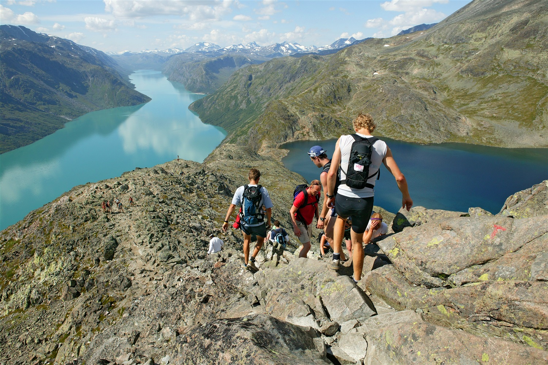 Hiking-at-Besseggen-032014-99-0001-1500.jpg