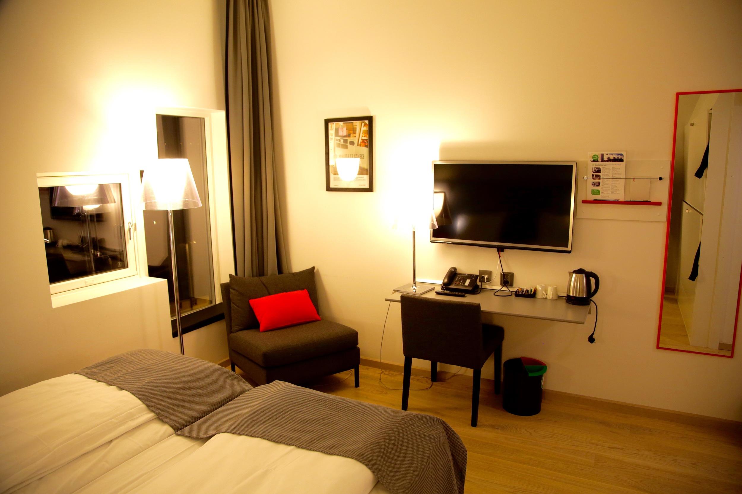 Nordmenn sjekker inn på hotell uten å sjekke prisene så godt som de burde. Foto: Odd Roar Lange