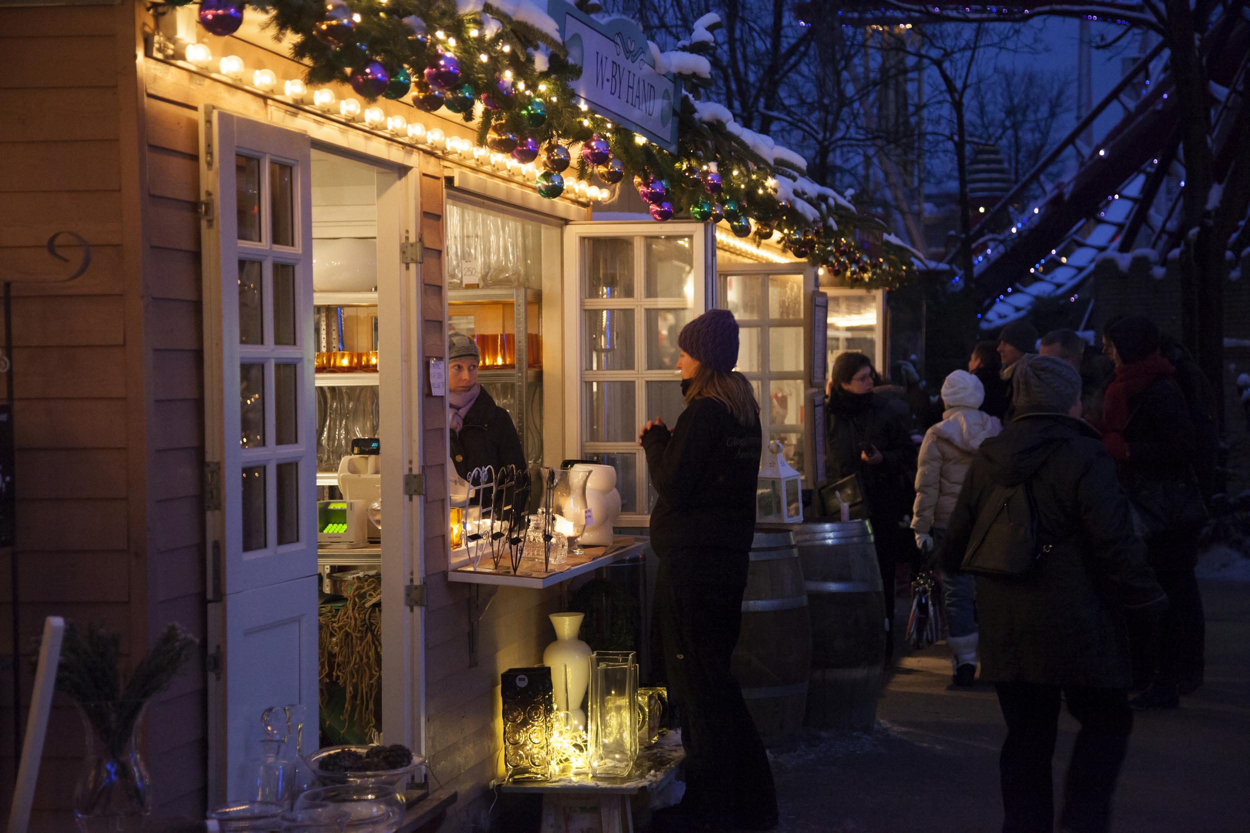 Bli med til Tivoli før jul. Foto: Visitdenmark