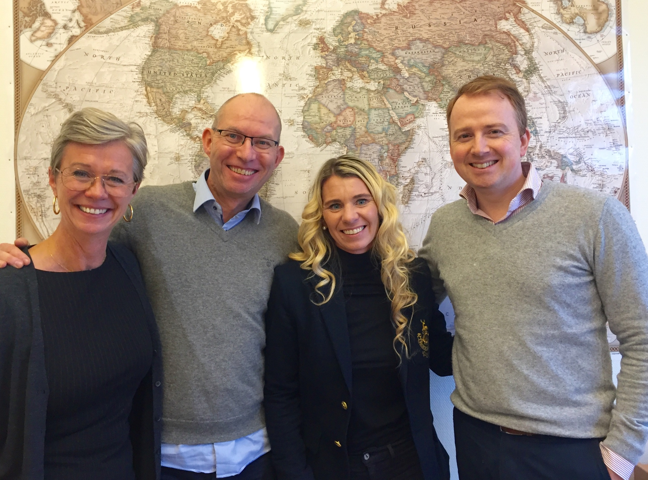 Carina Bergquist fra KLM, Odd Roar Lange/Thetravelinspector, Trude Håland/Trudestrening og Yoram Franzen fra KLM.