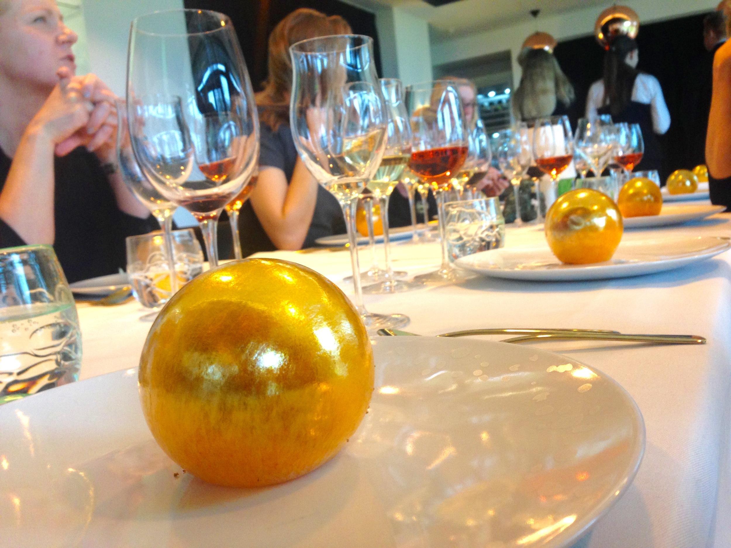 Det danske gullegget. Her fra restaurant Frederikshøj i Århus. Foto: Odd Roar Lange