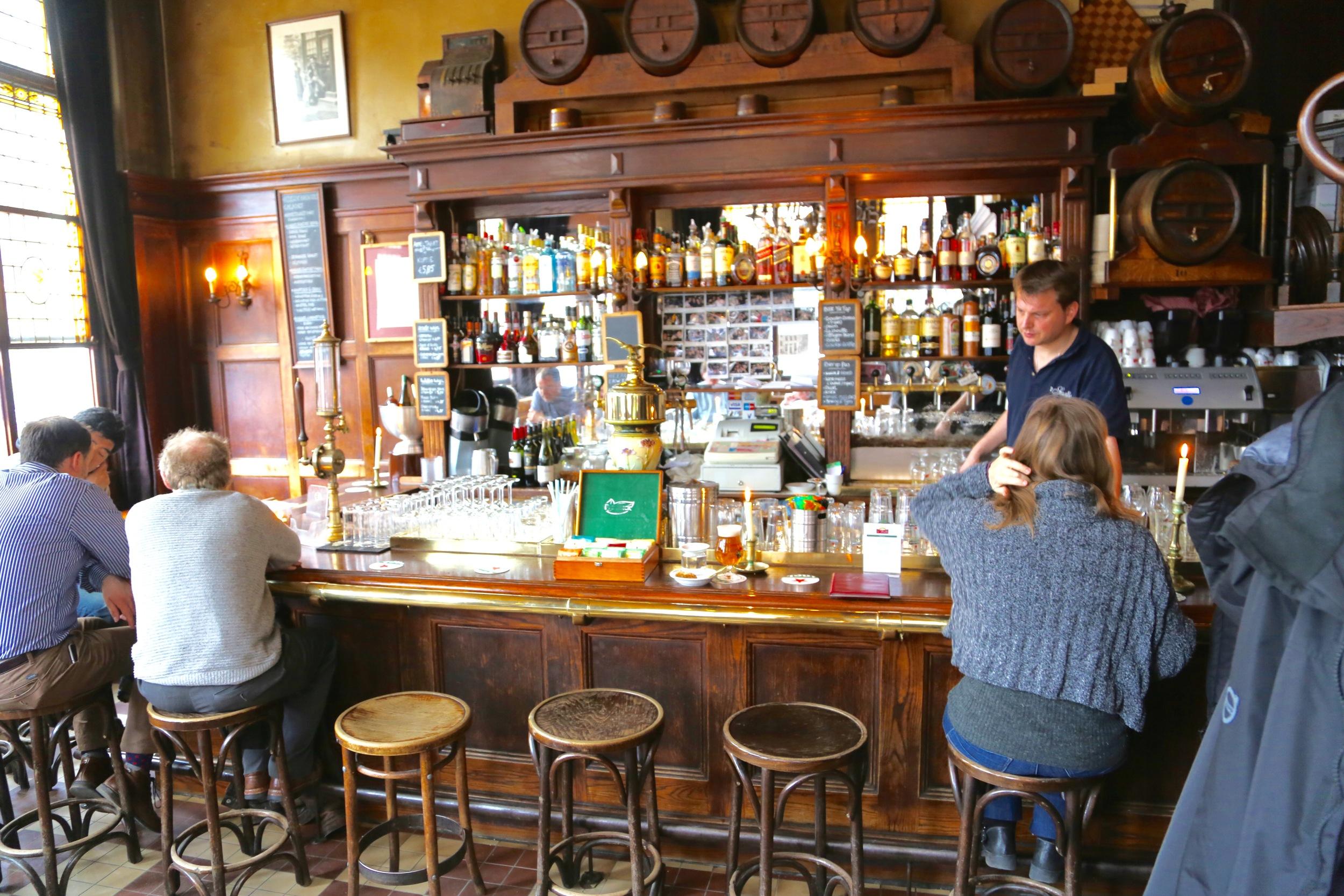 Cafe T Smalle i Egelantiersgracht har både inne- og uteservering. Foto: Odd Roar Lange