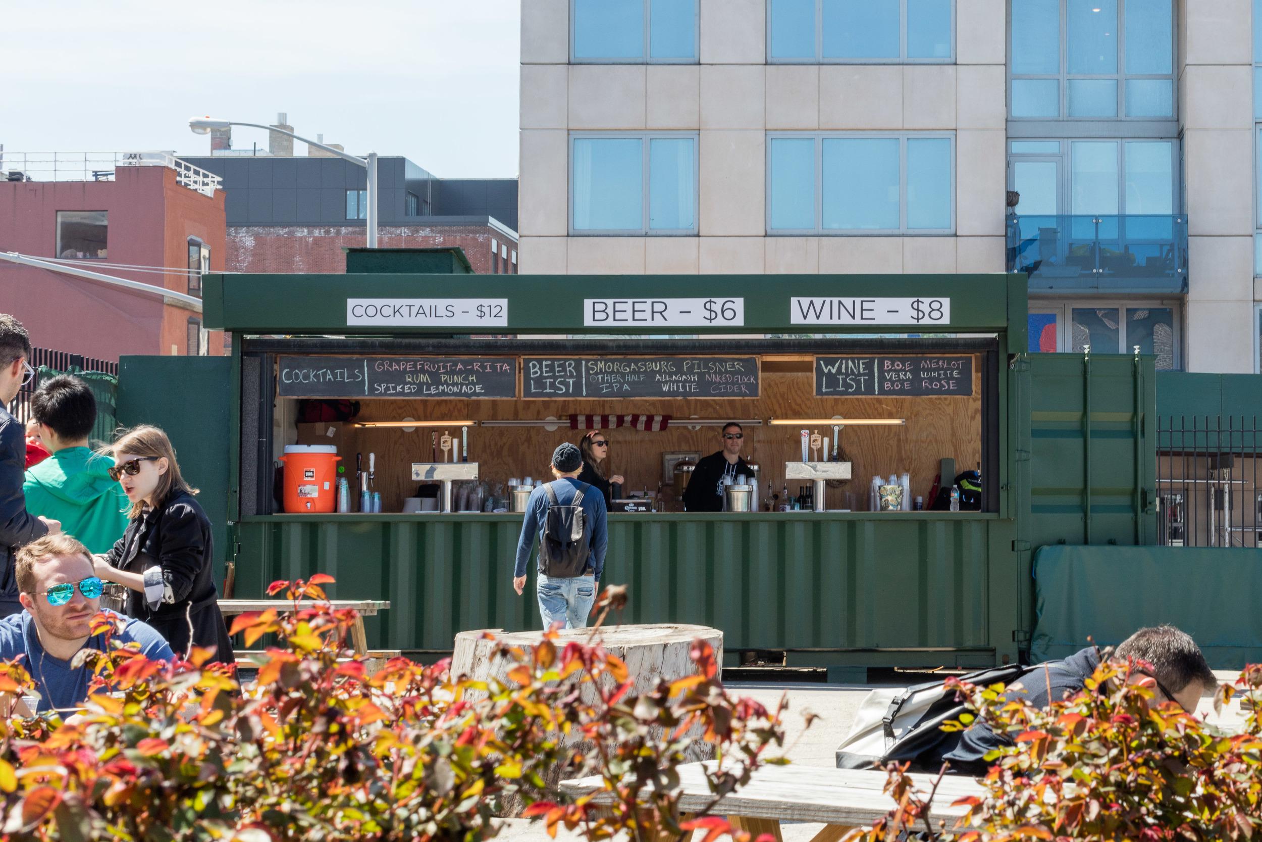 Lokalmat betyr også lokalbrygg. Tradisjonene er lange på denne siden av East River, her hvor  Brooklyn Brewery  ligger kun et steinkast unna.Foto: Sven-Erik Knoff