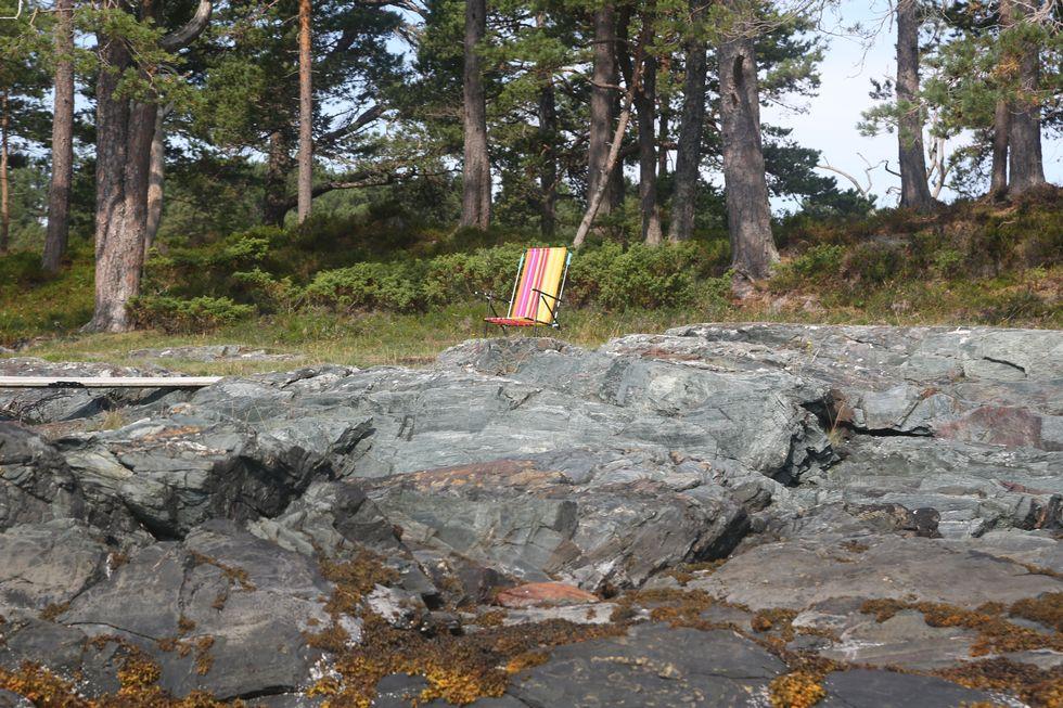 """Grunneiere kan ikke sette opp en strandstol dersom det er for å """"jage bort andre"""" . Foto: Odd Roar Lange"""