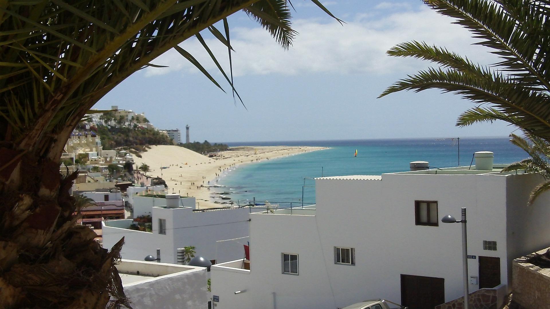 fuerteventura-106451_1920.jpg