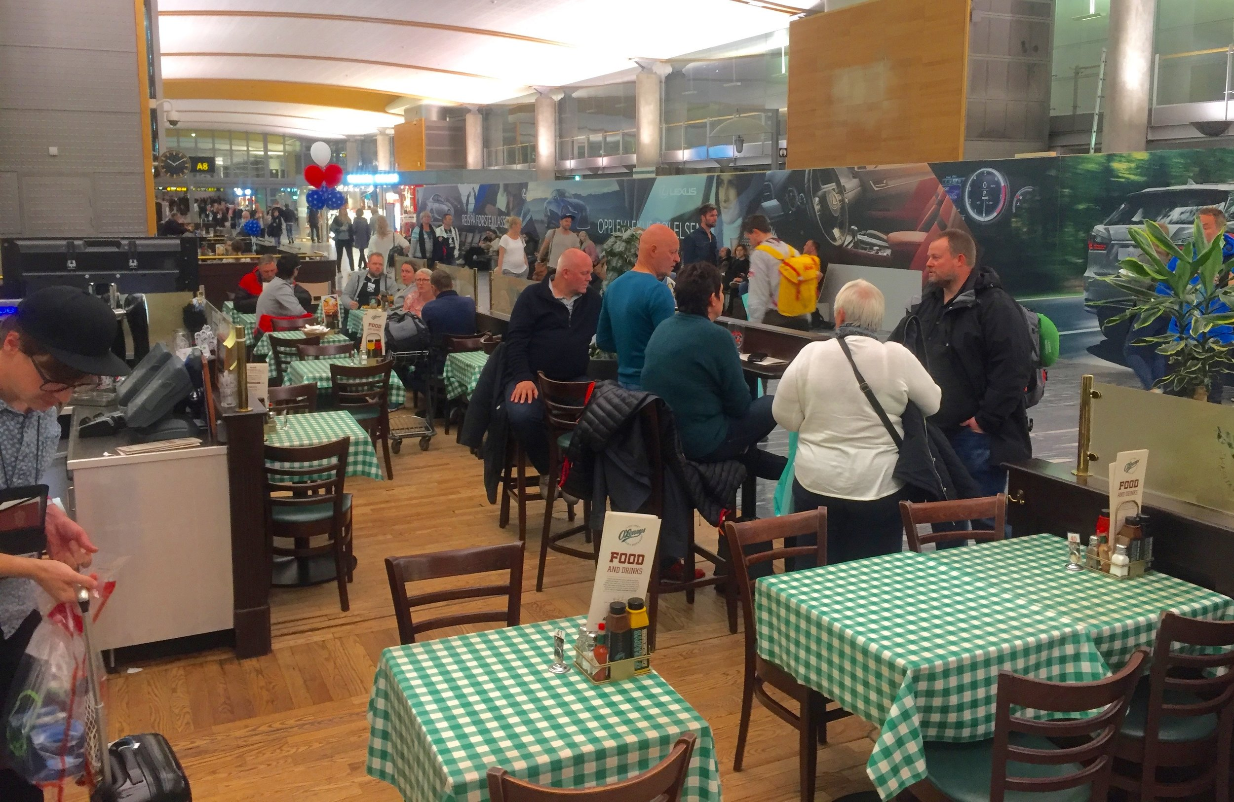 Rådyrt og dårlig - det gjelder både O´Leary og andre spisesteder på Gardermoen. Foto: Odd Roar Lange