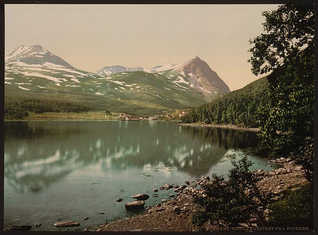 Lyngenfjorden                            Library of Congress/Thetravelinspector