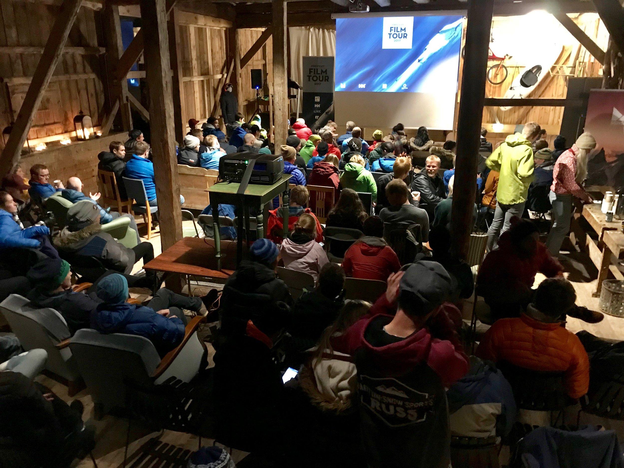 Stor stemning i Did Adventures Sportsfarm i Molde.      Foto: Odd Roar Lange