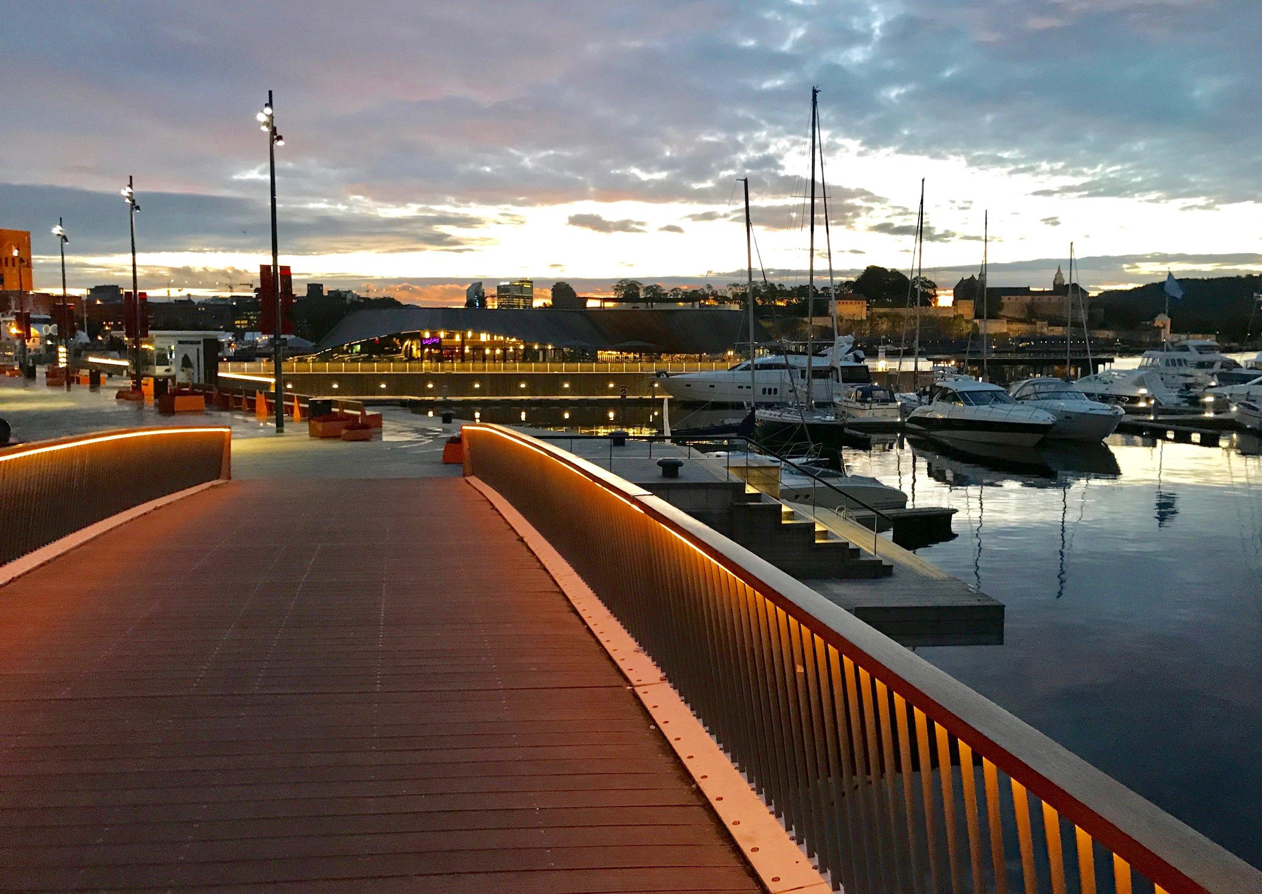 Oslo om høsten. Vakker og stille.                      Foto: Odd Roar Lange