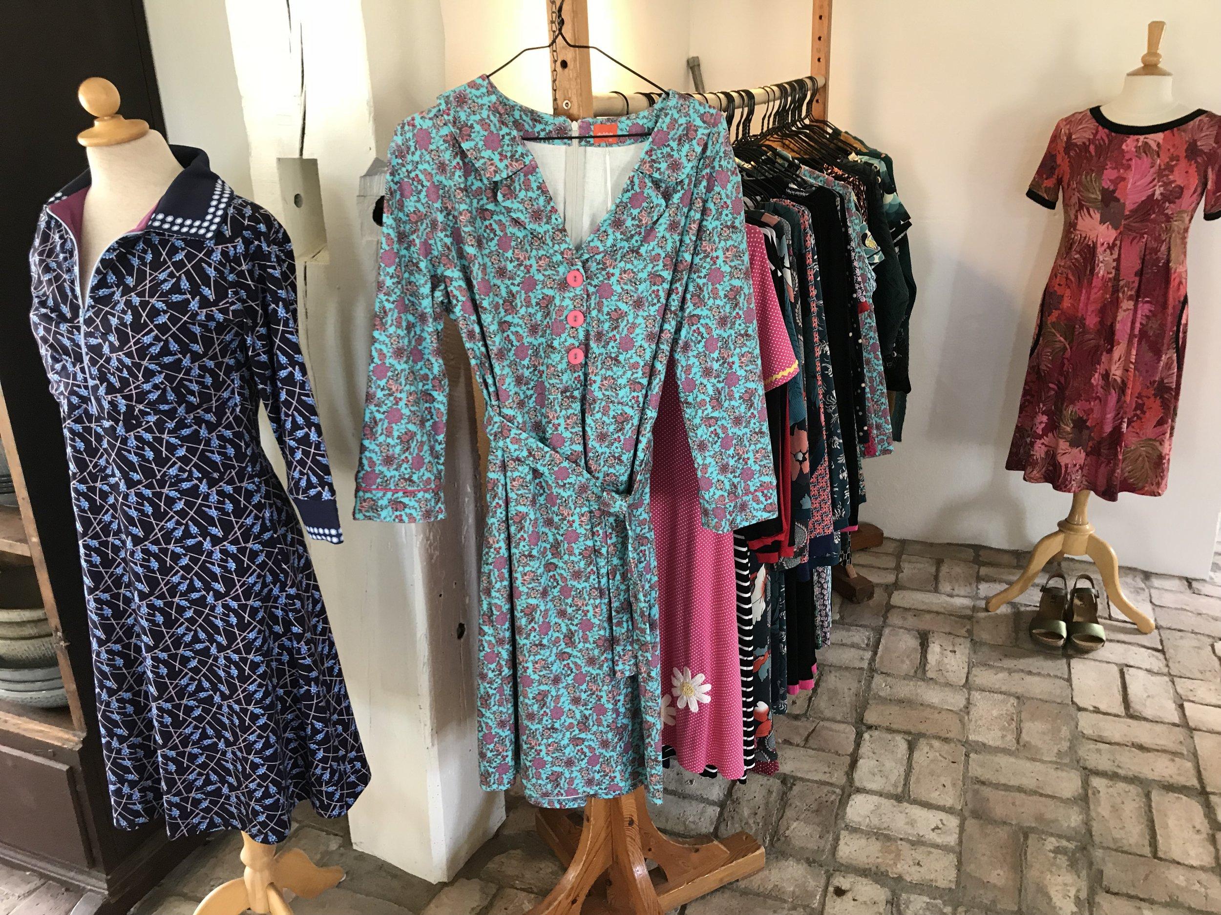 Kjolene på Fratide er verd å stoppe for hvis dere er på venninnetur til Bornhom. Foto: Odd Roar Lange