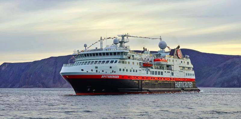 MS Spitsbergen. Foto: Hurtigruten