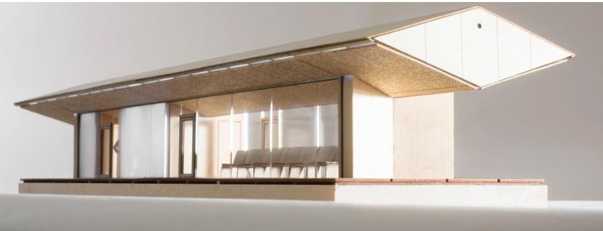 Servicebygget er et offentlig bygg som skal være robust og tilnærmet vedlikeholdsfritt. Bygget får fire toaletter og et HC toalett, et teknisk rom og venteværelse. Foto: Vardehaugen Arkitekter AS