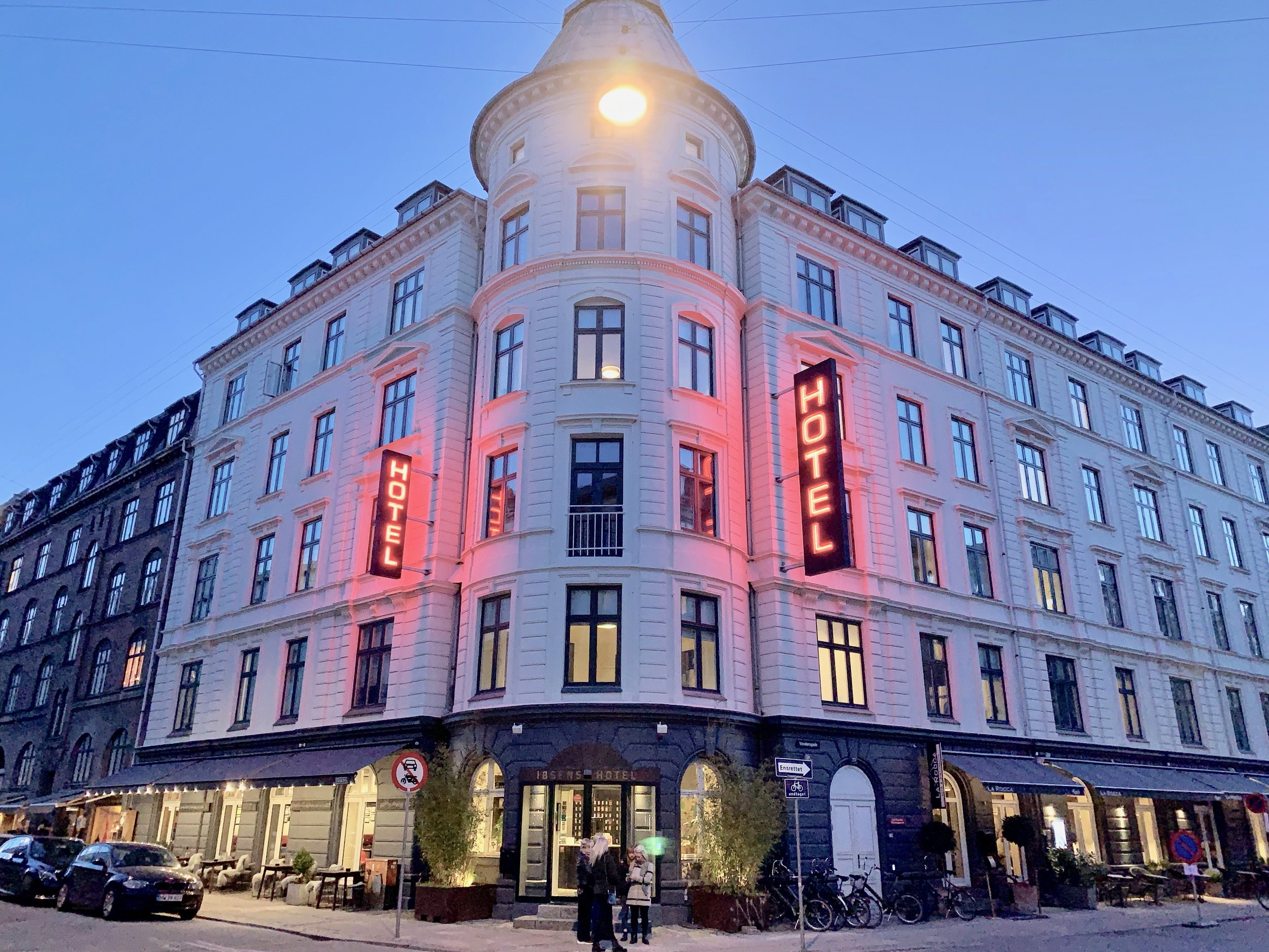 Ibsen Hotel ligger i Vendersgade 23. Foto: Odd Roar Lange