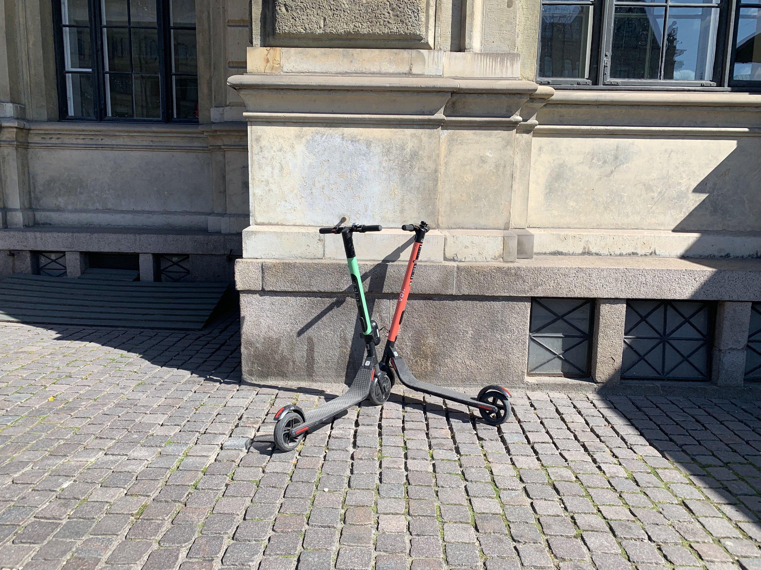 El-sparkesyklene står overalt i mange byer. Både i Oslo, og som her, i København. Foto: Odd Roar Lange