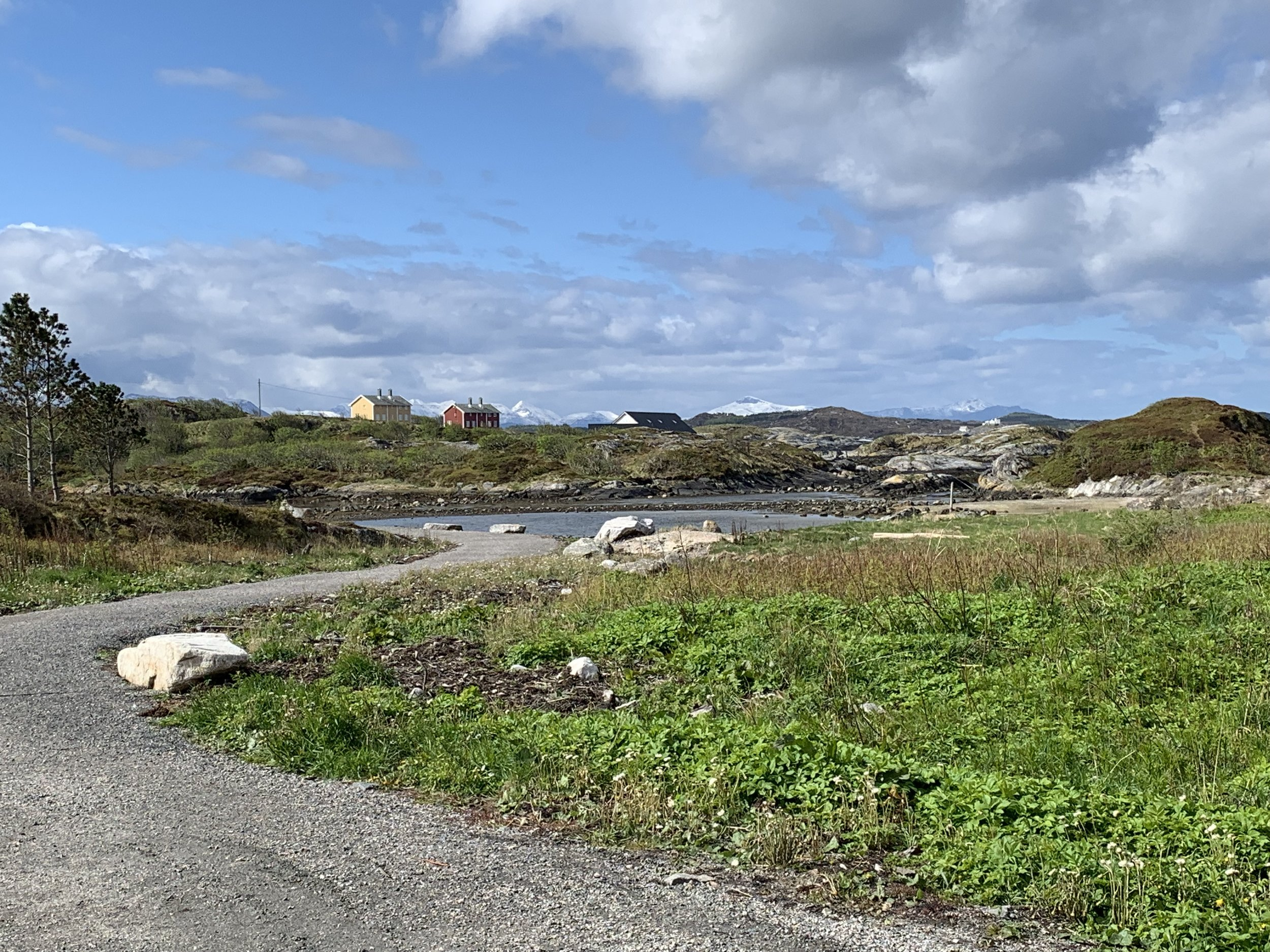 Her starter turen ut til svabergene ved Karihola. Foto: Odd Roar Lange