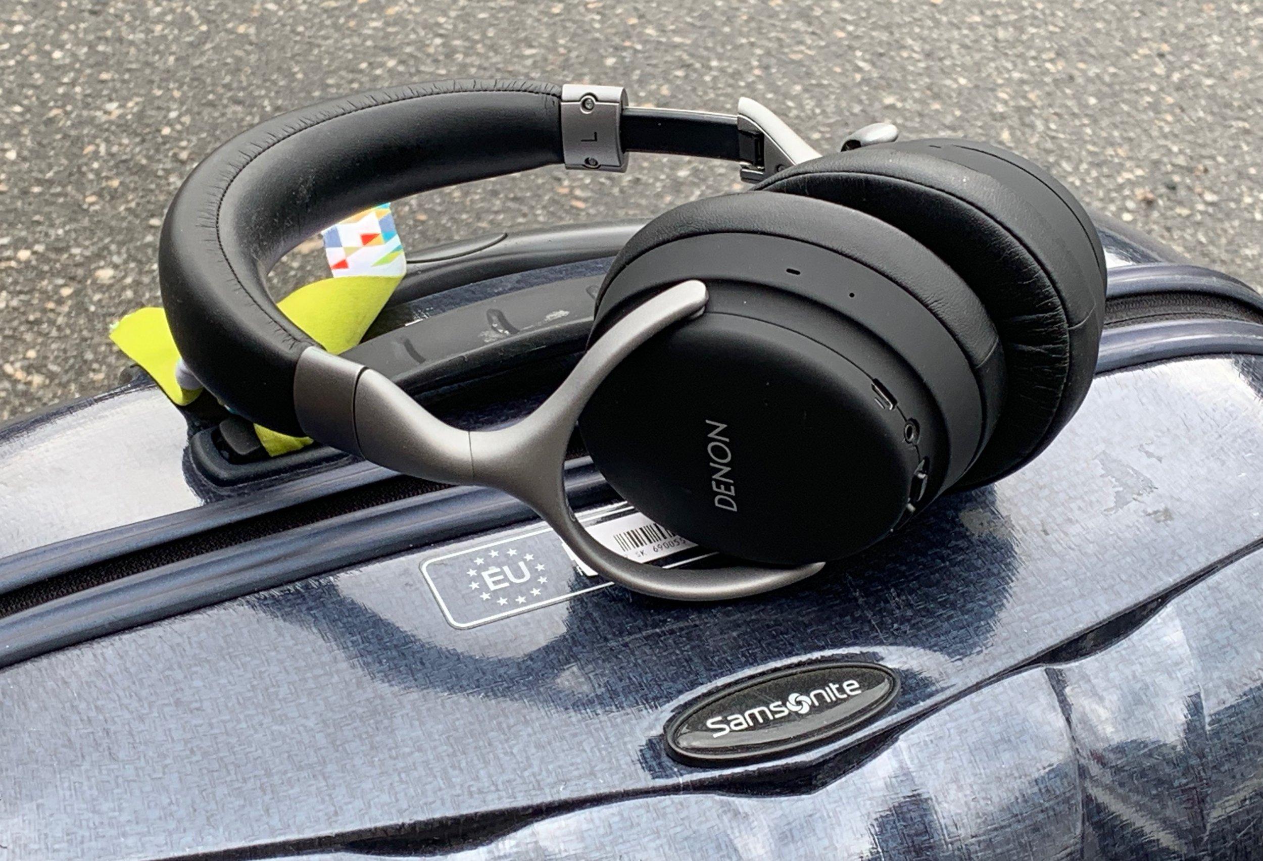Klar for nye turer med støydempende hodetelefoner. Foto: Odd Roar Lange