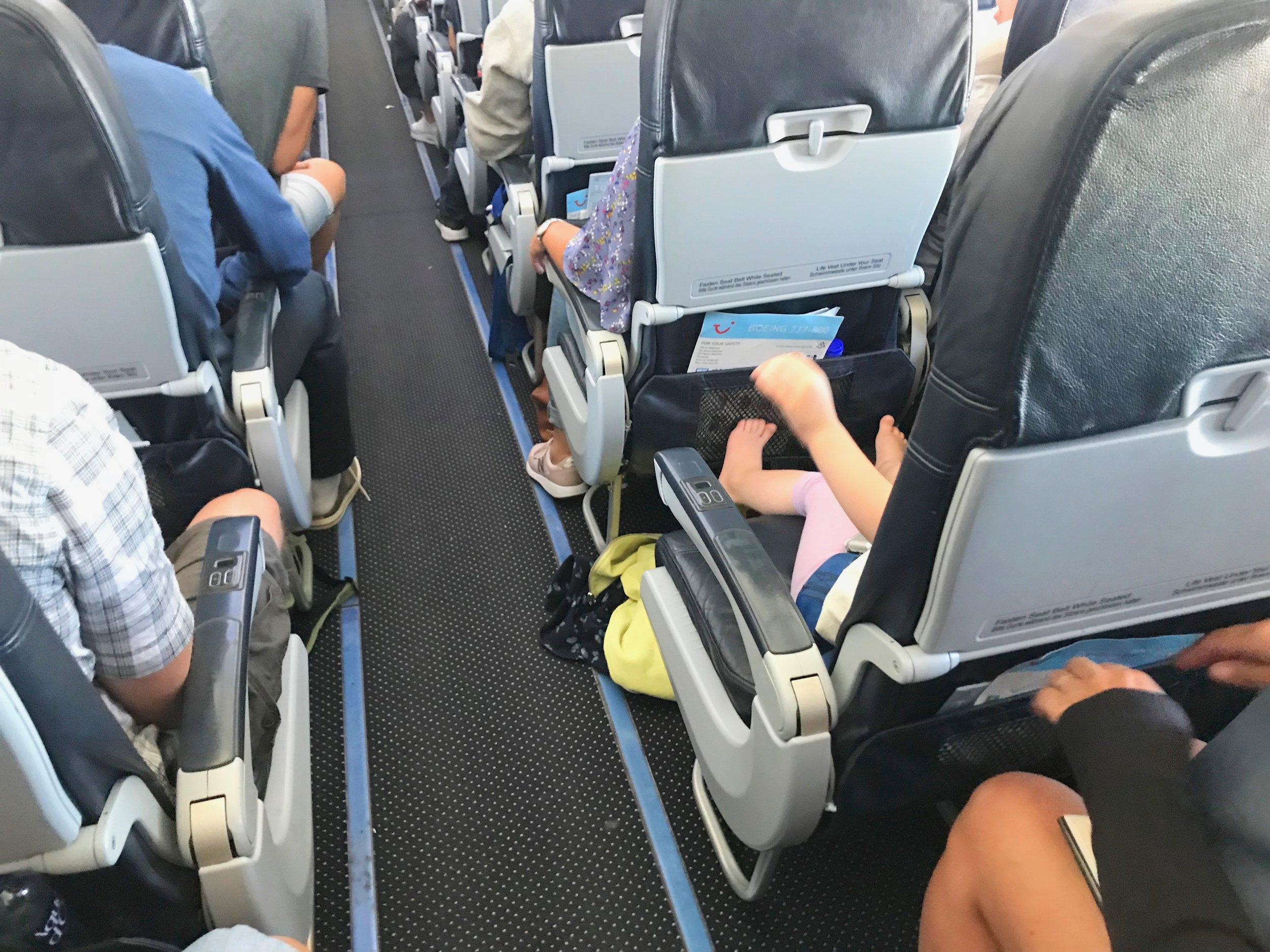 bb56e2708 Kabinpersonalets 10 beste tips for å fly med barn — The Travel Inspector
