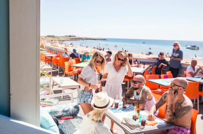 Flip Flop Beach Bar. Foto: Marie Hidvi