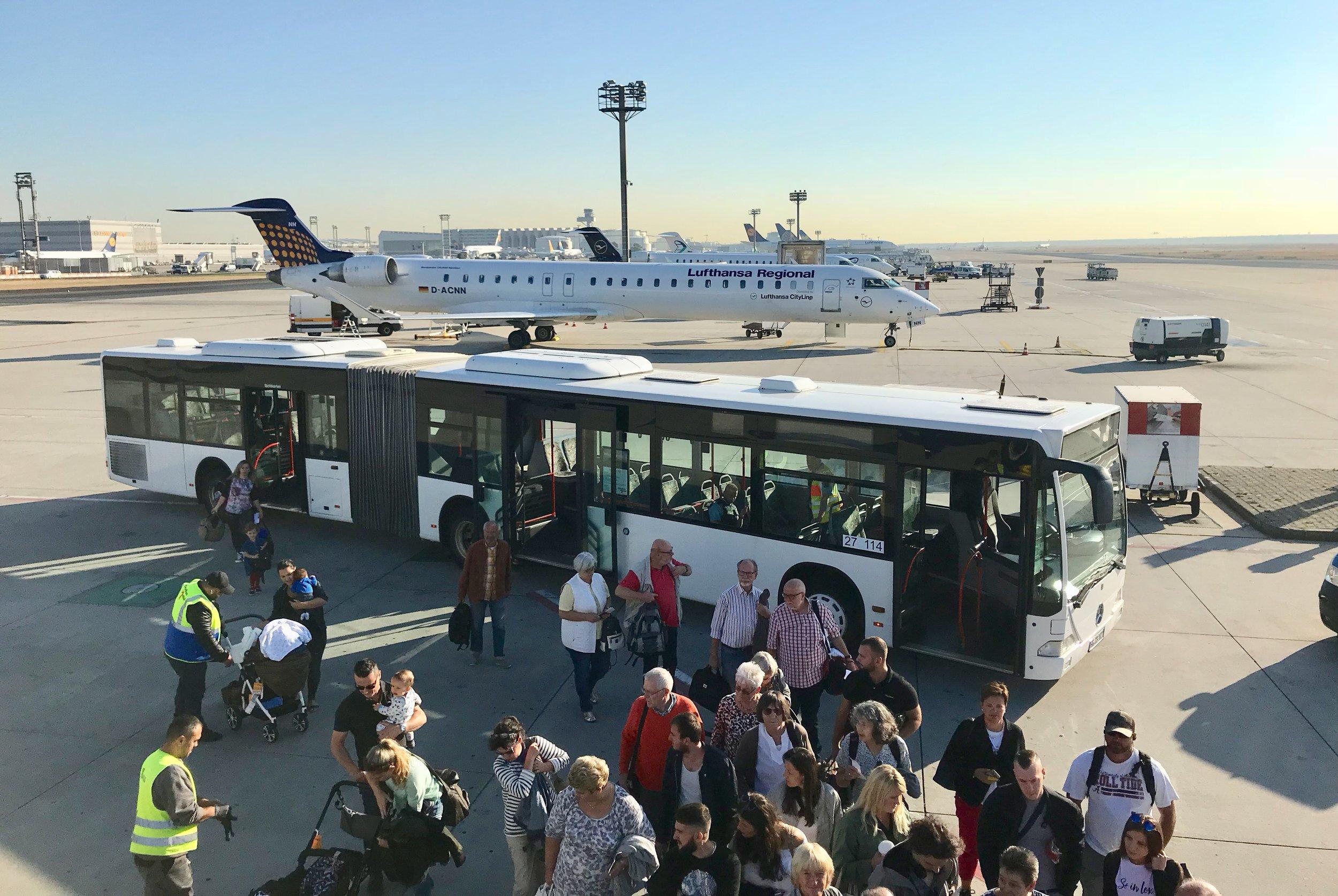 Dersom det ikke er plass til deg på flyet så har do gode rettigheter. Foto: Odd Roar Lange
