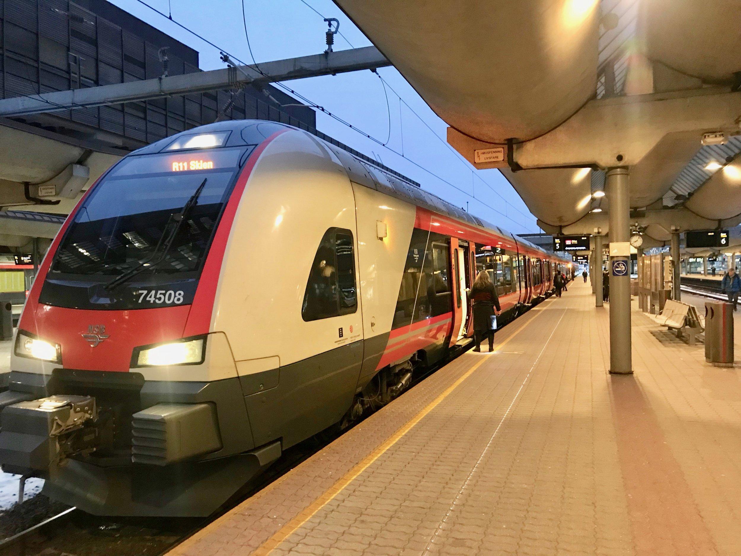 Alt for få nordmenn kjenner sine rettigheter ved togreiser. Foto: Odd Roar Lange