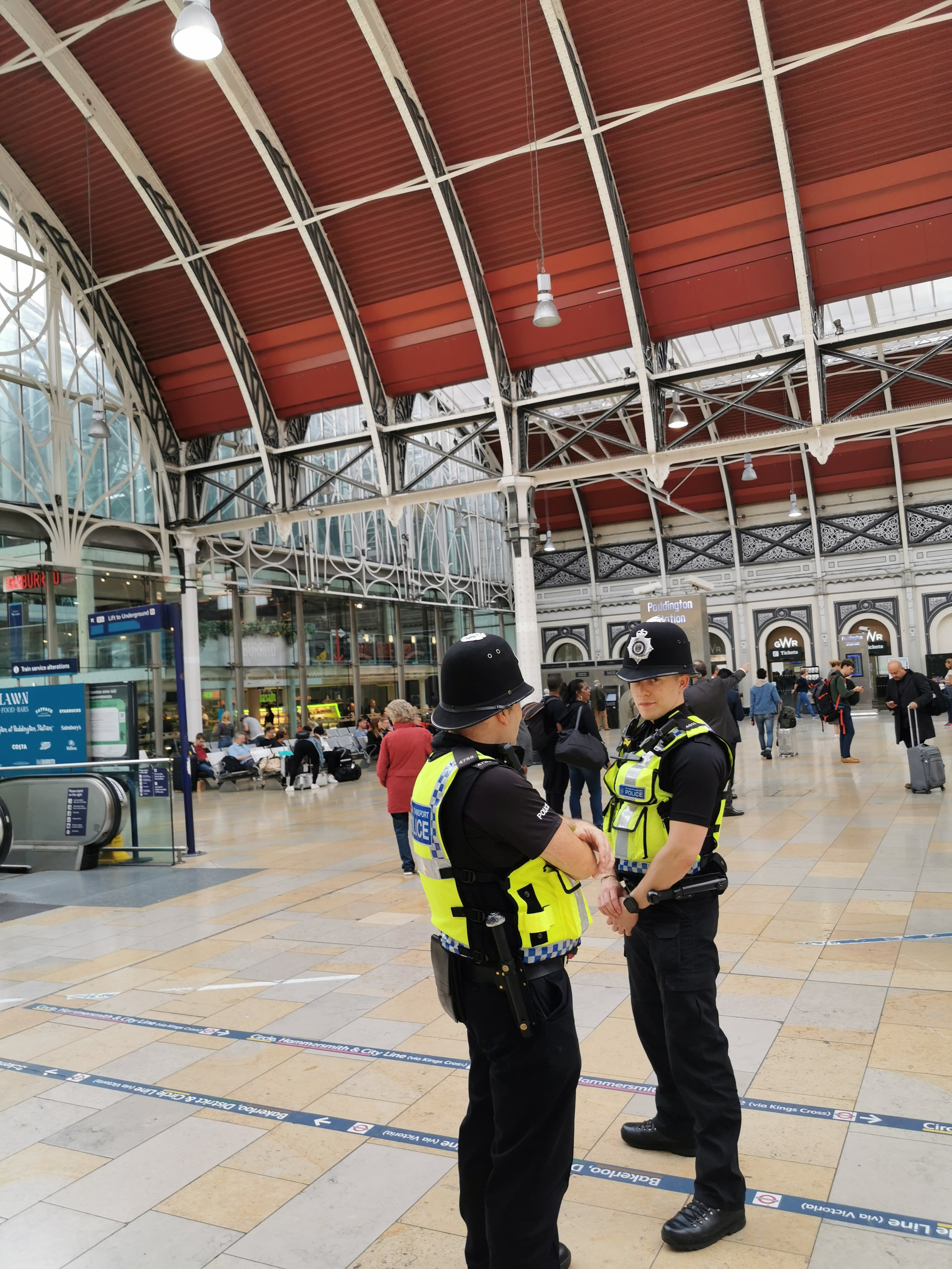 Når du ankommer Paddington station er det klart for turen ut i London. Byen med millioner av historier. Foto: Odd Roar Lange
