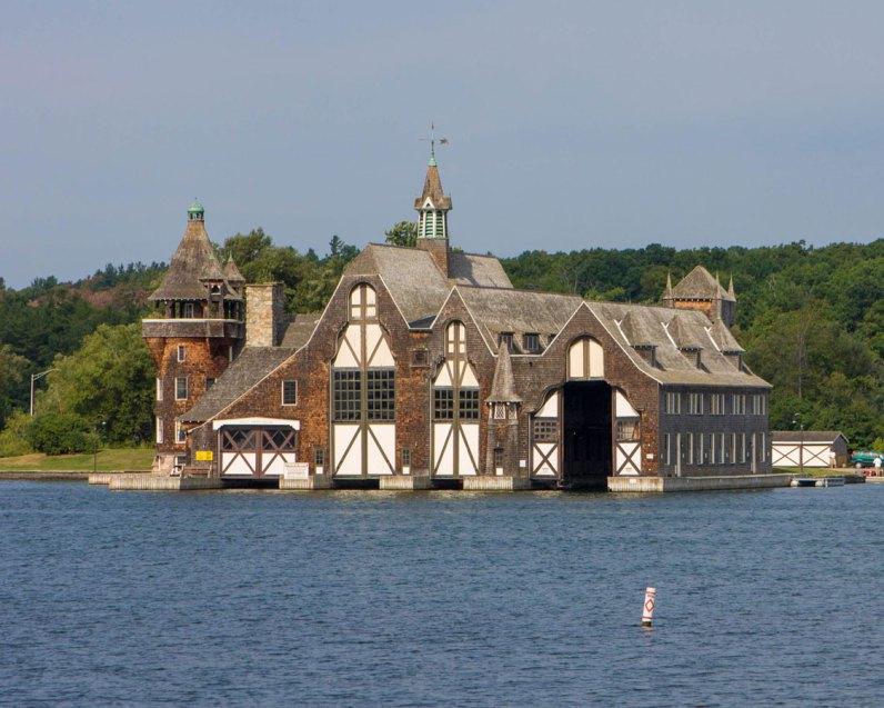 Ontario-Thousand-Islands-Boldt-Castle-Boathouse.jpg